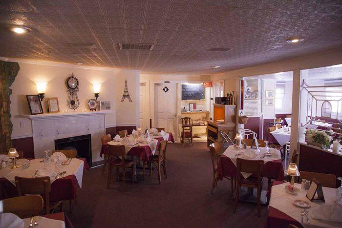 Chez Pierre Dining Room